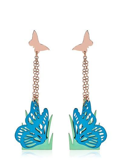 loroetu, orecchini pendenti farfalla turchese nell'erba, turquoise butterfly on grass earrings