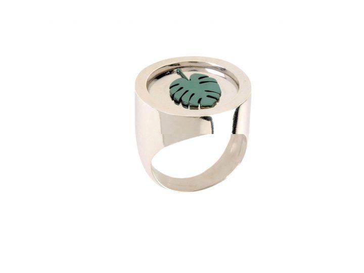 loroetu, anello chevalier argento monstera, monstera chevalier ring