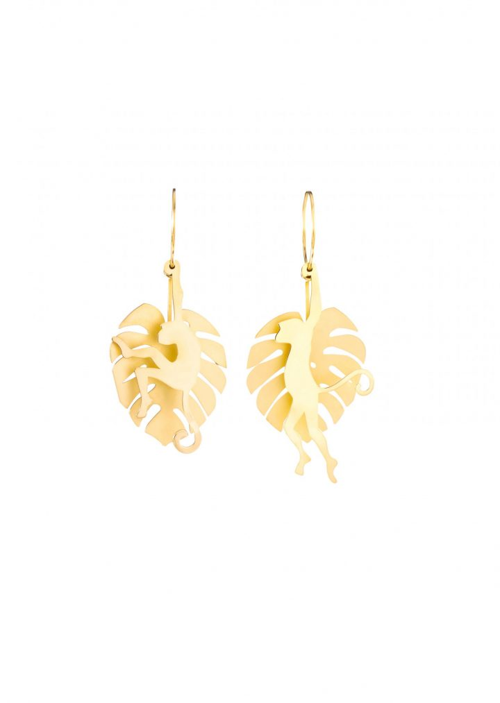 loroetu, oroecchini oro con monstera e scimmia, gold monstera and monkey earrings